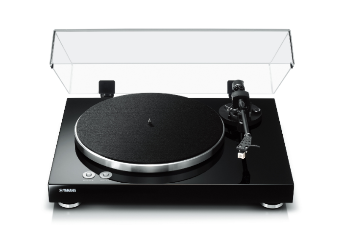 This is an image of the Yamaha TT-S303 Turntable Record Player