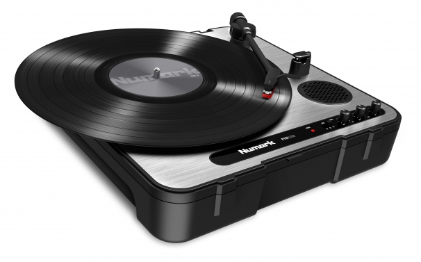this image shows a turntable that is under $200
